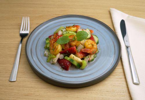 Erdbeer-Spargel-Salat mit Macadamia[-]nussöl