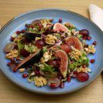 Feigensalat mit Erdbeer-Nuss-Dressing