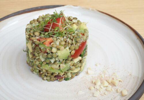 Gekeimter Linsen[-]salat mit Mandelöl
