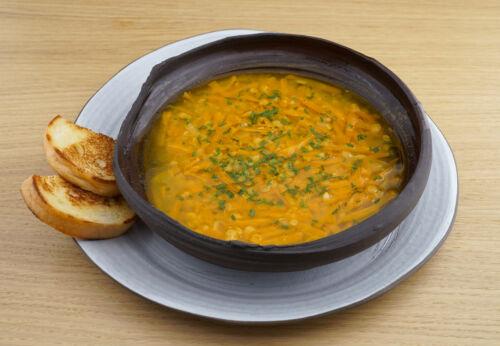 Karotten-Linsen-Suppe mit Cuvée DREI