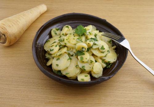 Pastinaken Salat mit Cuvée SECHS