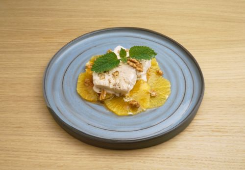 Walnuss-Parfait mit Vanille-Orangen